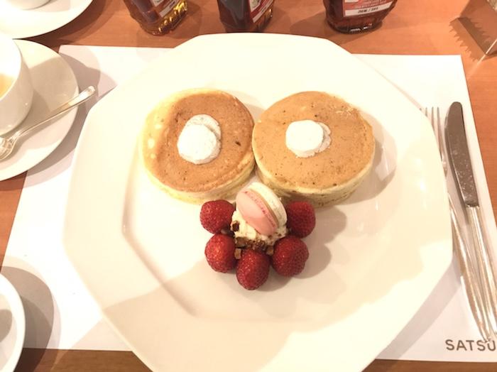 これが3000円のパンケーキね
